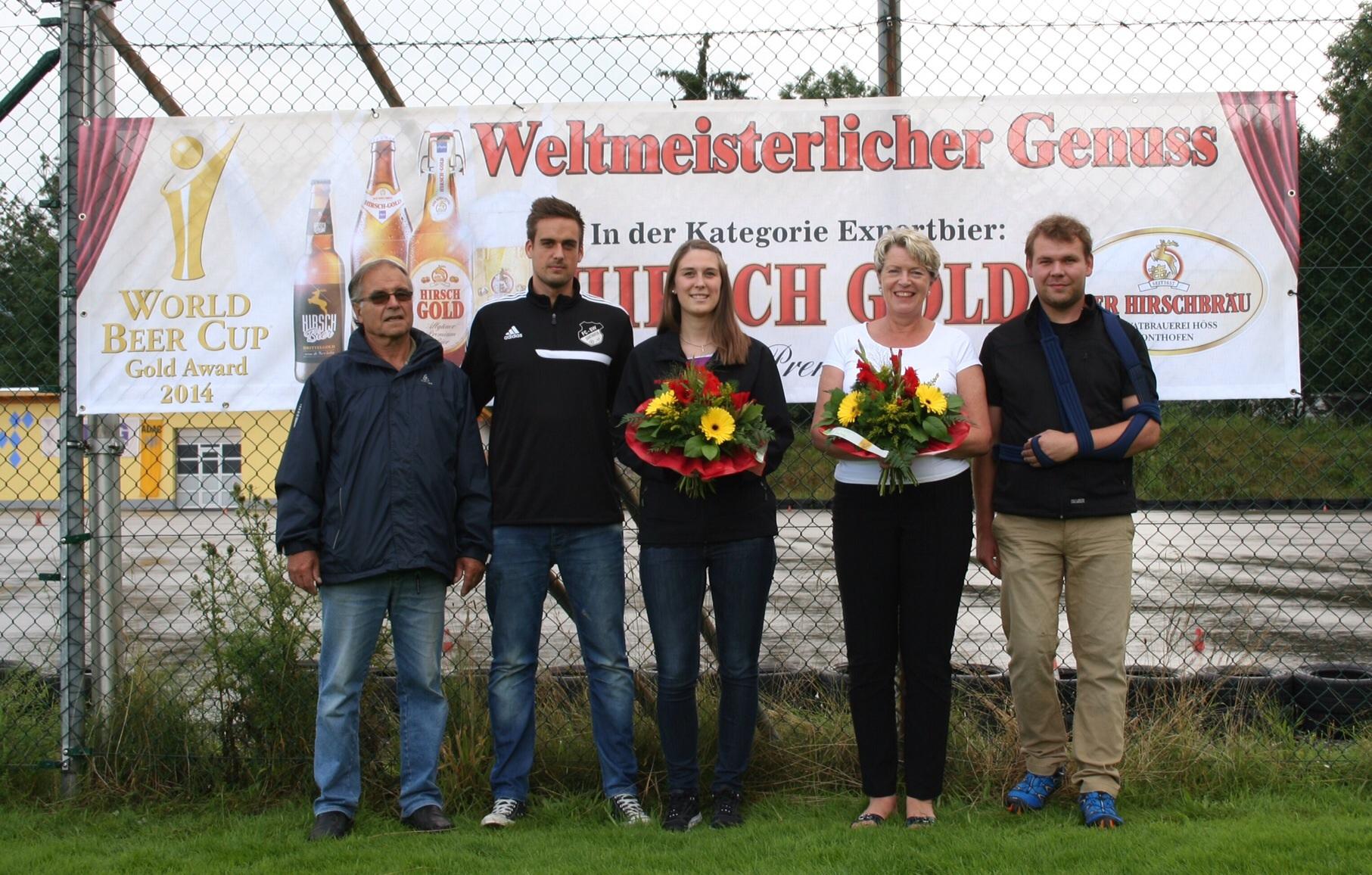 Die Vorstandschaft bedankt sich bei Frau Claudia Höß-Stückler von der Hirschbrauerei Sonthofen für die langjährige Unterstützung.